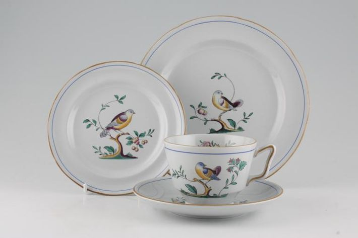 Spode Queen's Bird - Y4973 & S3589 (Shades Vary)