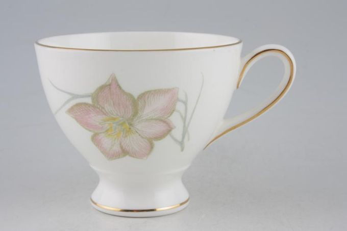 Susie Cooper Day Lily Teacup Footed 3 1/2 x 2 7/8""