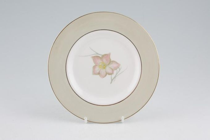 Susie Cooper Day Lily Tea / Side / Bread & Butter Plate 6 1/2""