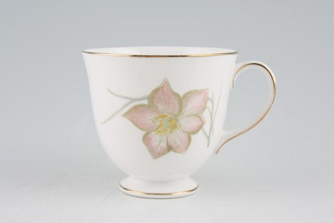 Susie Cooper Day Lily Teacup Tulip Shape 3 1/2 x 2 7/8""