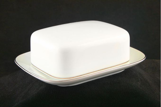 """Thomas Medaillon Gold Band - White with Thin Gold Line Butter Dish + Lid Base size 7 1/4 x 5 3/8"""""""