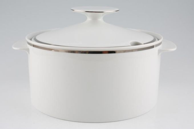 Thomas Medaillon Platinum Band - White with Thick Silver Line Soup Tureen + Lid Straight sided - lugged / Cutout in lid