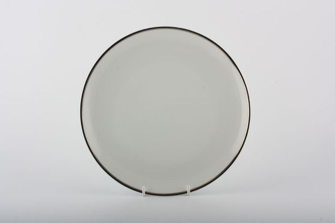 Thomas Medaillon Platinum Band - White with Thick Silver Line Starter / Salad / Dessert Plate 8 1/4""