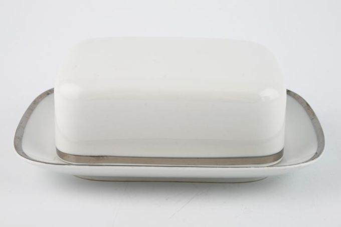Thomas Medaillon Platinum Band - White with Thick Silver Line Butter Dish + Lid