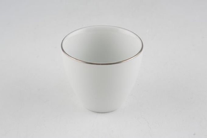 Thomas Medaillon Platinum Band - White with Thin Silver Line Egg Cup Not Ridged Inside
