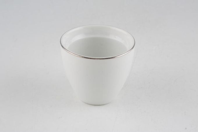 Thomas Medaillon Platinum Band - White with Thin Silver Line Egg Cup Ridged Inside