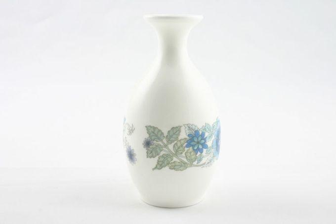 """Wedgwood Clementine - Plain Edge Bud Vase 5"""""""