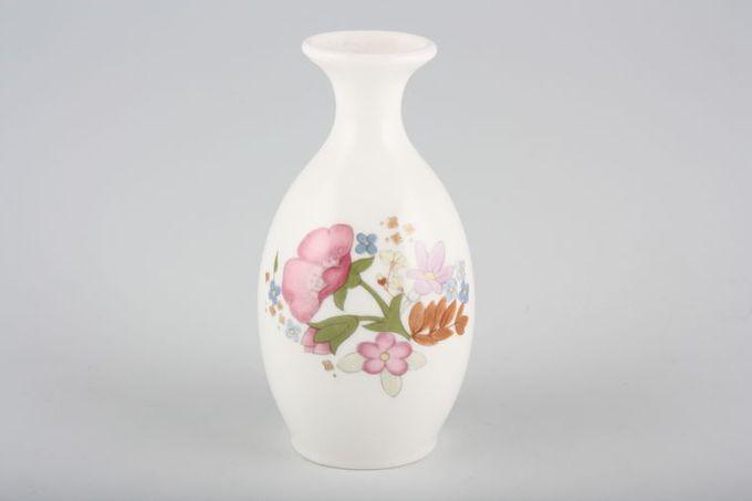 """Wedgwood Meadow Sweet Bud Vase 5"""""""