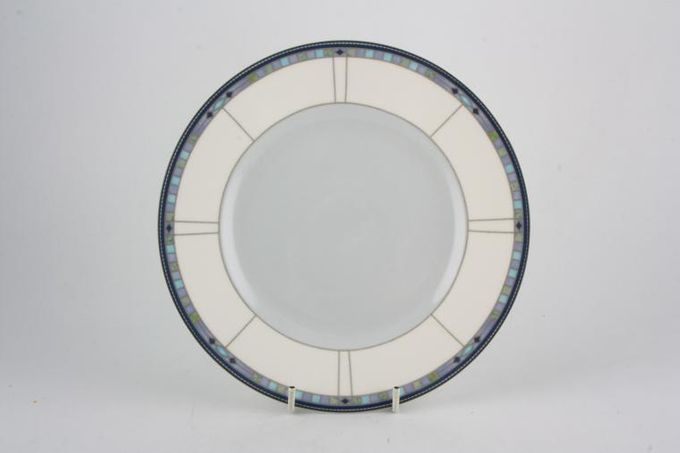 "Wedgwood Quadrants Tea / Side / Bread & Butter Plate Accent Blue Centre 7"""