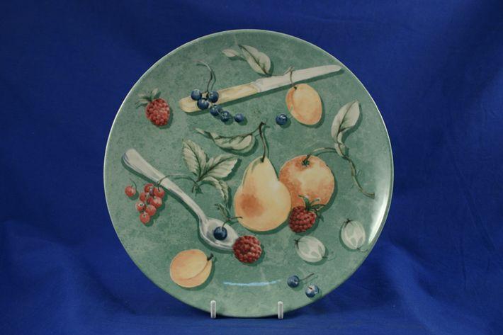 Wedgwood Queen's Ware - Fruit