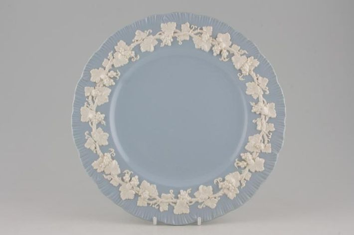 Wedgwood Queen's Ware - Cream Colour on Lavender - Shell Edge