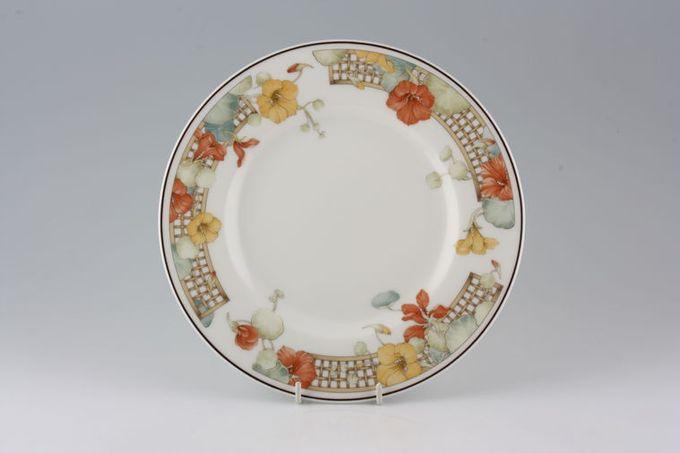 "Wedgwood Trellis Flower Breakfast / Salad / Luncheon Plate 9"""