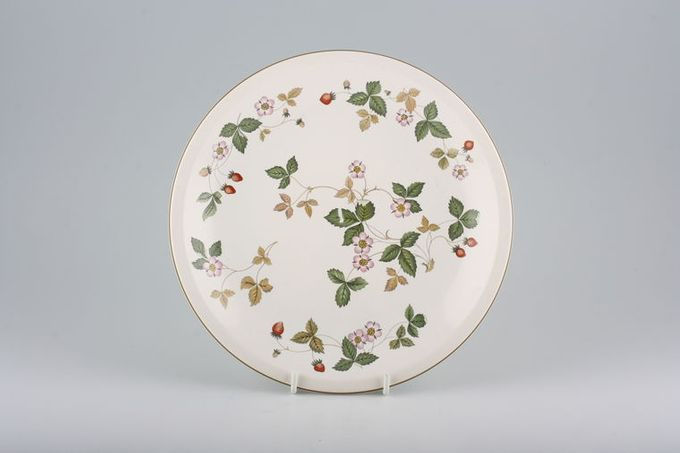 Wedgwood Wild Strawberry - O.T.T. Breakfast / Salad / Luncheon Plate 8 7/8""