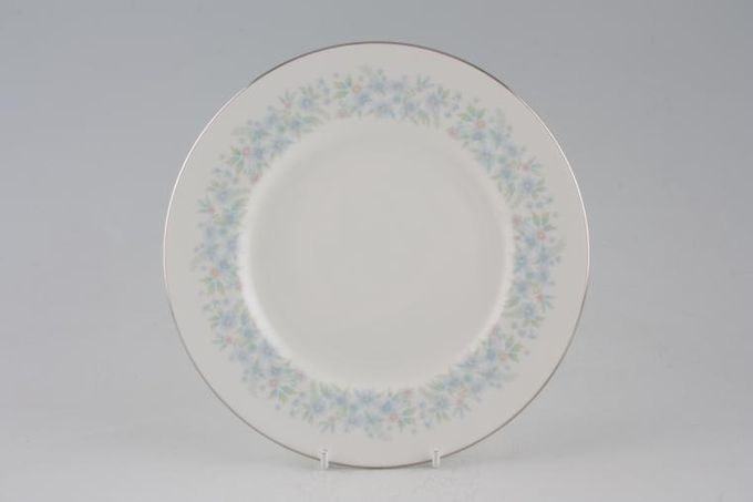 Wedgwood Wyndham Breakfast / Salad / Luncheon Plate 8 1/8""