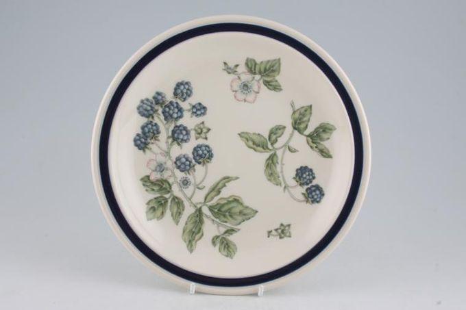 "Wedgwood Bramble Breakfast / Salad / Luncheon Plate 8 7/8"""
