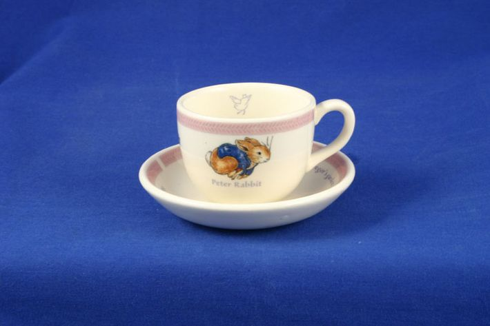 Wedgwood Peter Rabbit - Children's Tea Set - New Look