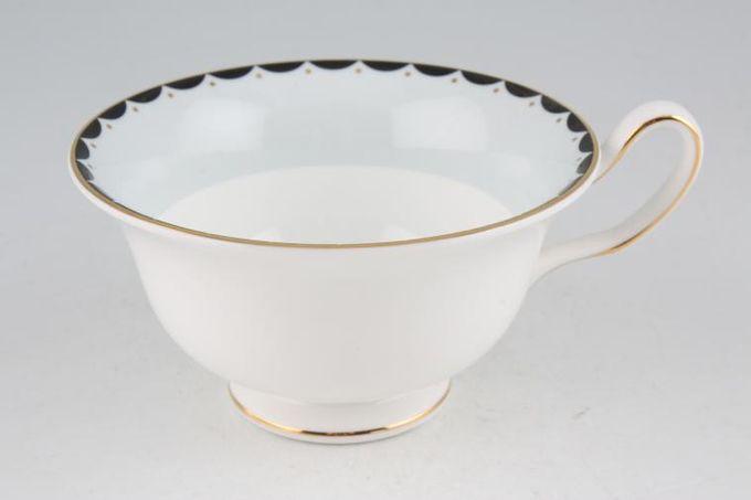 "Wedgwood Barbara Barry - Curtain Call Teacup Large Peony/ Cappucino Cup 4 5/8 x 2 1/2"""